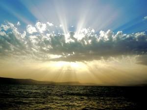 clouds-872143_640